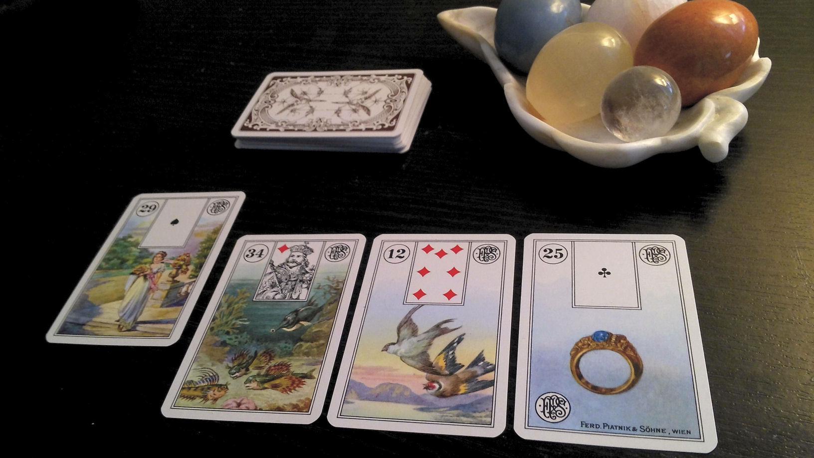 Karte, tarot, lenormand karte, proricanje, sudbina, gatanje